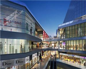 中央广场:优质地理位置 城市中心地段